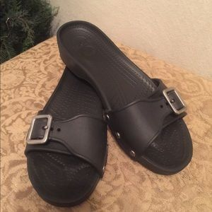 Crocs Slip On's Womens Size 9 Black